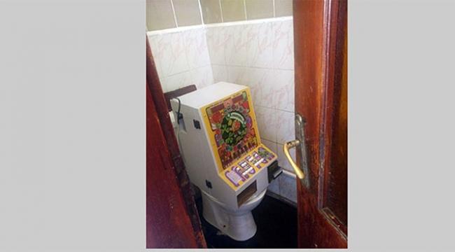 Kumar makinesini lavaboda sakladılar
