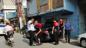 Polis Adana'da vatandaşın huzur ve güvenliği için çalışıyor