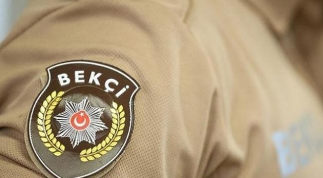 Sahte bekçi gerçek polise yakalandı