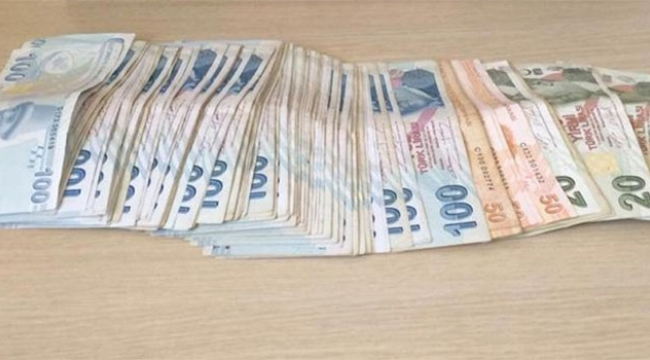 Taksiciye sahte para veren kalpazanlar yakalandı