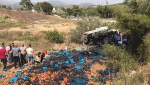 Tarım işçilerini taşıyan kamyon devrildi: 2 ölü, 10 yaralı