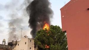 3 kişiyi öldüren zanlının evini yaktılar