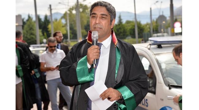 Adana Baro Başkanı Küçük adalet nöbetinde