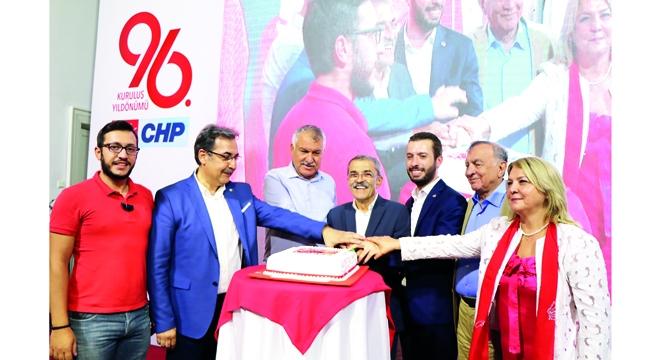 CHP'nin onur günü