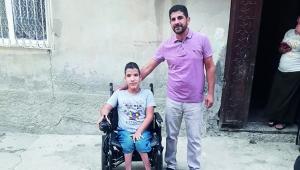 Engelli gence akülü tekerlekli sandalye sürprizi