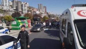 Halk otobüsü yolcu dolu durağa girdi