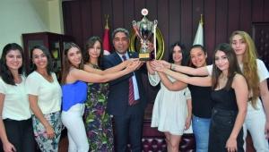 Küçük: Adana'nın gururusunuz