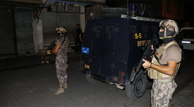 Adana merkezli 5 ilde dev çete operasyonu