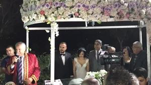 Avukat çiftin muhteşem düğünü