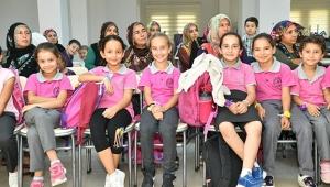 Çetin: Kızlarımız gözbebeğimiz