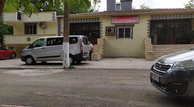 Kamyonet devrildi: 1 ölü, 14 yaralı