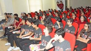 Öğrencilere sigara ve obezitenin zararları anlatıldı