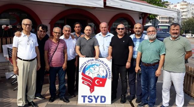 TSYD Mehmetçiğin yanında