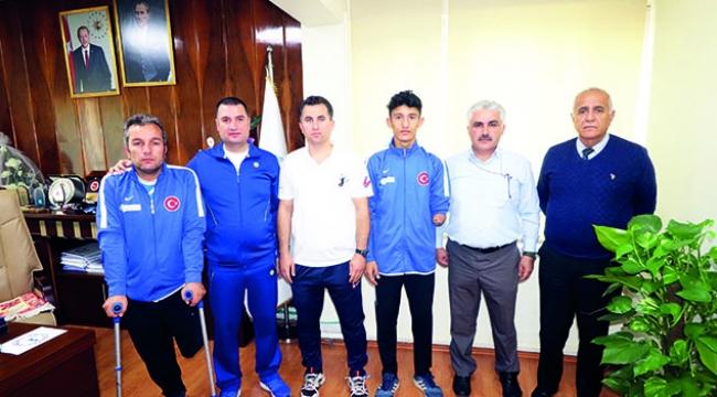 Adana Ampute Futbol Takımı'ndan Ataşbak'a Ziyaret