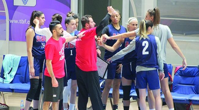 Adana Basketbol galibiyet arıyor