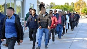 Barış Pınarı Harekatını karalayan kişilere gözaltı