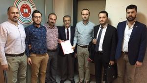 CHP, Atatürk'e hakaretin peşini bırakmıyor