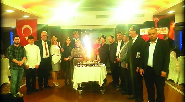 Dr. Polyanna Succi Kara'ya onur plaketi