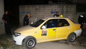 Kaçmaya çalışan taksici aracını terk ederek kayıplara karıştı