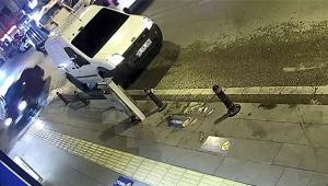 Öldürdüğü arkadaşının cesediyle kaçtı kameralara yakalandı