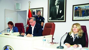 Seyhan Belediye Meclisinde bütçe tartışması