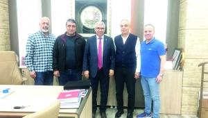 'Seyhan Kızılay takdire şayan çalışmalar yapıyor'