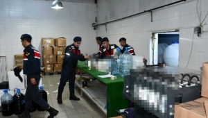 Süt fabrikasını kaçak içki fabrikasına çevirdiler