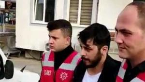 Cezaevi firarisi ikizinin kimliğiyle serbestçe dolaştı