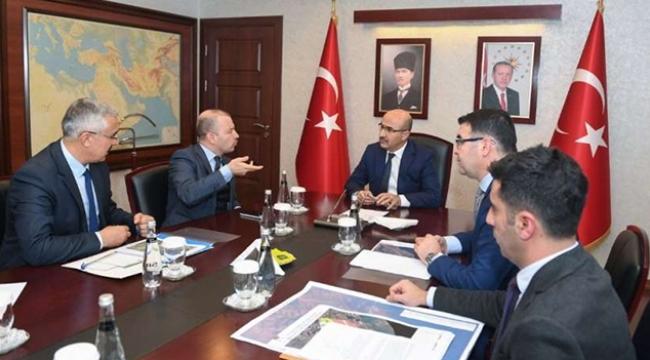 Demirtaş: Adana'da önemli projelere imza atıyoruz