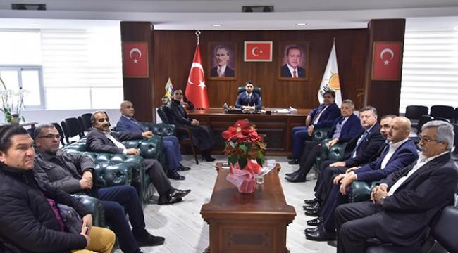 MHP'den AK Parti'ye 'Hayırlı Olsun' ziyareti
