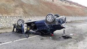 Otomobil takla attı: 1 ölü, 1 yaralı