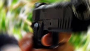 Silahı tutukluk yaptı peşine düşüp öldürdü