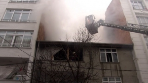 İki çocuk yangında mahsur kaldı