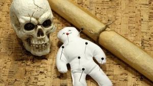 Ölüm büyüsü yaptırmak istedi başına gelmeyen kalmadı