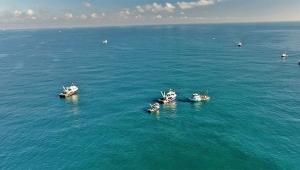Rus bayraklı tanker ile Türk bayraklı balıkçı teknesinin çarpıştı