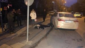 Sınava yetişmeye çalışan öğrenciye otomobil çarptı