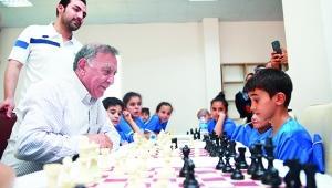 Akay: Hedefimiz satranç sporunu yaygınlaştırmak