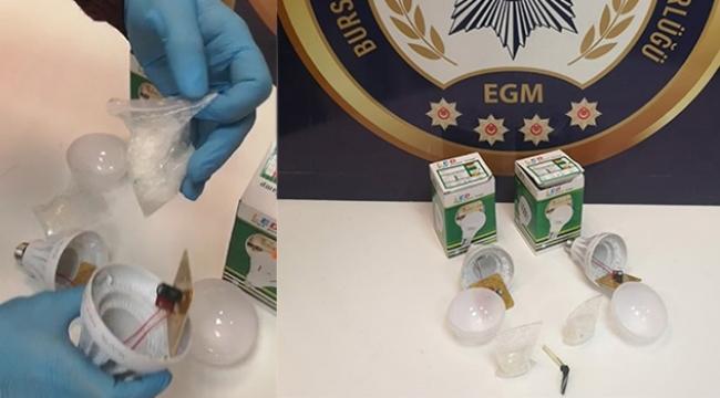 Ampulün içinden 568 adet uyuşturucu çıktı