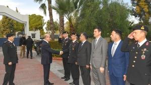 Demirtaş, Adana Jandarma Komutanlığı'nda brifing aldı