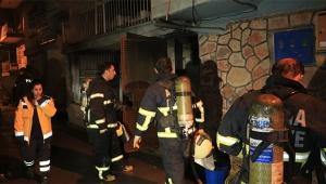 Elektrikli soba evi yaktı