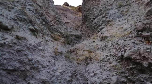 Genç kız kayalıklara düşerek can verdi