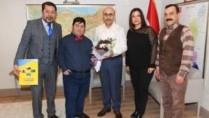 Gönüllü anneler, Vali Demirtaş'ı ziyaret etti