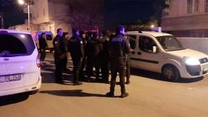 İki grubun sokak kavgasına polis müdahale etti