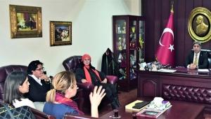 Kadın meclisi üyeleri Küçük'ü ziyaret etti