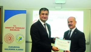 Proje döngüsü eğitimi alan 30 kişiye sertifikaları verildi