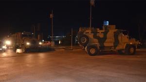 Sınıra komanda ve askeri araç takviyesi
