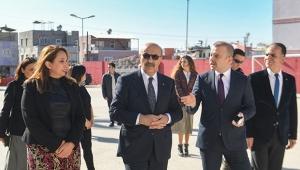 Vali Demirtaş okullarda incelemelerde bulundu