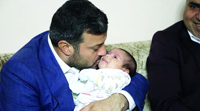 Yenidoğan bebeklere Kocaispir'den hediye