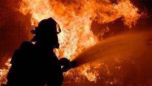 4 yaşındaki kız çocuğu evinde yanarak can verdi