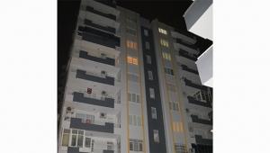 6. kattan düşen genç kız ağır yaralandı